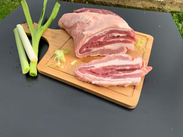 свински корем