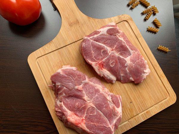 свински вратни пържоли