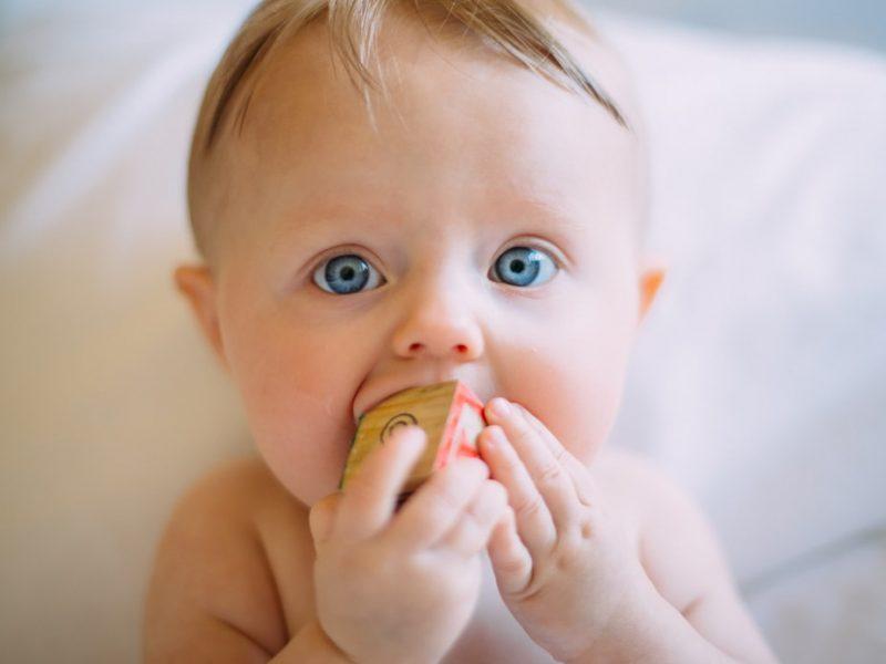 хранене на дете със свинско месо